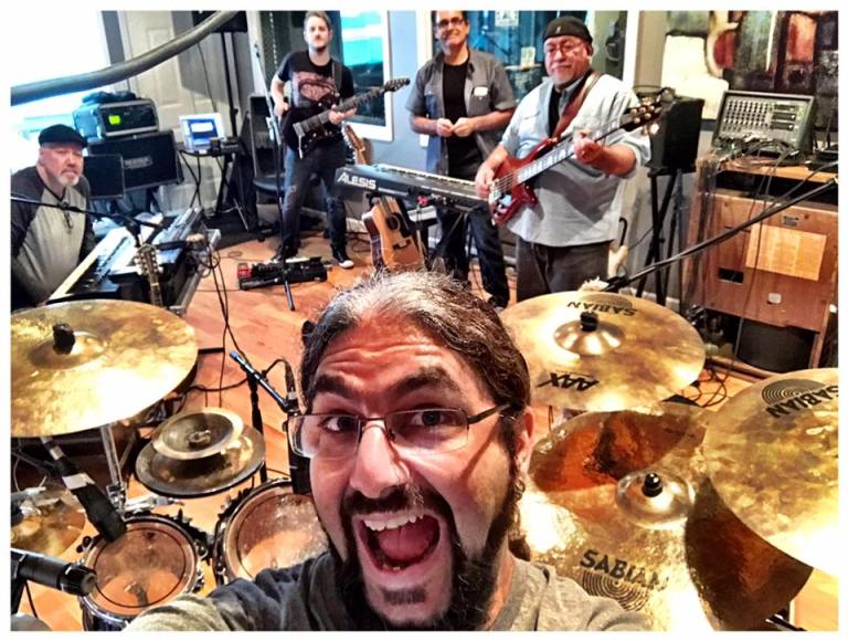 ¡Selfie! A partir de mañana, el grupo va a girar por los Estados Unidos. Luego, recorrerá Europa e Israel.